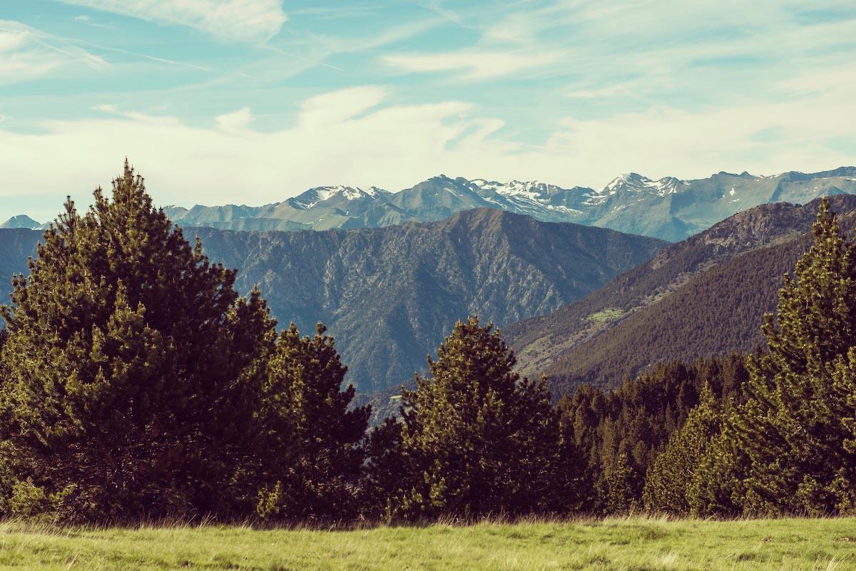 Montañas y picos de Andorra.